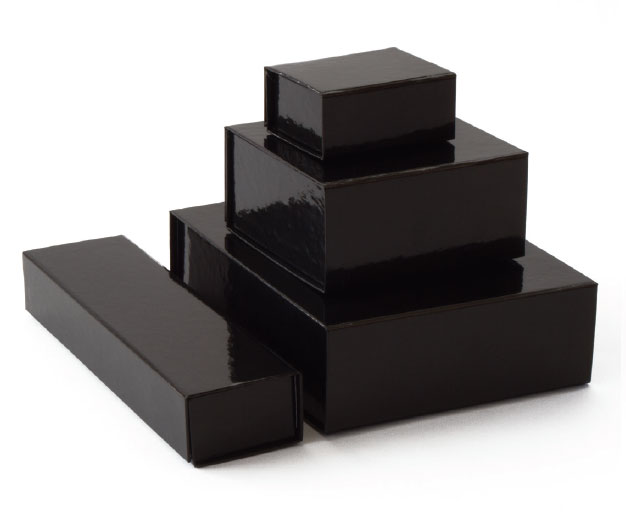 glossy black retail folding boxes with magnet closures in assorted sizes